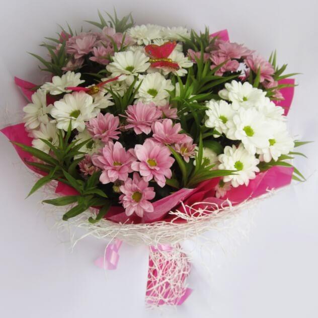 Букет стильных хризантем